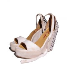 we-are-the-original-wedges-atenaa-bianco-1